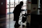Cụ bà 'chết vì COVID-19' trở về sau 10 ngày và lý giải bất ngờ của viện dưỡng lão