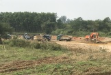 """Hà Tĩnh: Nhà thầu trục lợi từ dự án bằng việc """"tuồn"""" cát sỏi thanh thải ra khỏi địa bàn"""