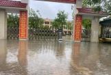 Hà Tĩnh: Hàng nghìn học sinh nghỉ học do mưa lũ