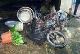 Tự đốt 3 chiếc xe sau khi 'ngấm tửu'