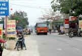 Hà Tĩnh: Quốc lộ 15A bị biến thành nơi họp chợ