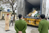 Bắt giữ xe container chở gần 10 tấn nầm lợn, chân lợn không rõ nguồn gốc