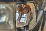 Giám đốc BQLDA huyện ném vỡ kính ôtô vì đậu trước nhà
