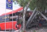 Xe khách va chạm xe đạp, ba người tử vong