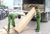 Bắt giữ xe tải vận chuyển 10m3 gỗ quý không rõ nguồn gốc tại Hà Tĩnh