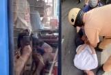 Nam thanh niên dùng dao khống chế tài xế xe buýt để chở đi trốn gia đình
