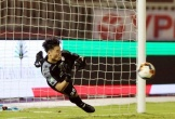 HLV lương cao nhất V-League gây