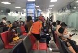 Hà Tĩnh: Người dân đổ xô đi tiêm vắc-xin viêm màng não cho trẻ