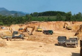 Hà Tĩnh: Doanh nghiệp ngang nhiên xây lắp bồn chứa dầu cạnh mỏ đất
