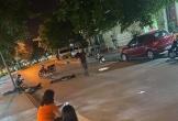 """xe máy """"Đầm ba"""" tông vào cột điện cao áp khiến 3 người thương vong"""