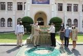 Vinamilk và công ty con tại Campuchia hỗ trợ sữa cho người dân và trẻ em nước bạn chống Covid