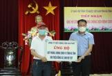 Doanh nhân Trần Văn Toàn trao tặng hơn 800 triệu đồng tương đương chi phí 2 chuyến bay của Vietnam Airlines