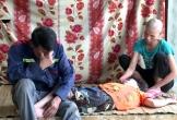 Hà Tĩnh: Con nằm liệt, vợ bệnh hiểm nghèo