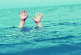 Hà Tĩnh: Rơi xuống ao cá, bé trai hơn 2 tuổi tử vong thương tâm