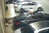 Cô gái 'bán khỏa thân' rơi từ ban công làm bẹp nóc ô tô, lý do khiến nhiều người ngao ngán