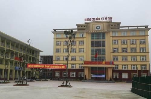 Trường Cao đẳng y tế Hà Tĩnh tự ý tuyển sinh bậc đại học Điều dưỡng khi chưa được cấp phép.