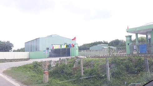 Sau cuộc đối thoại với chính quyền thì người dân Nam Xuân Sơn đã dỡ rạp, bàn ghế khỏi cổng nhà máy Phú Hà.